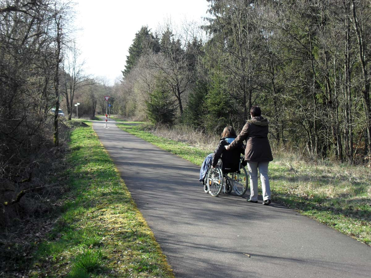 Radwanderweg-bei-Bleialf